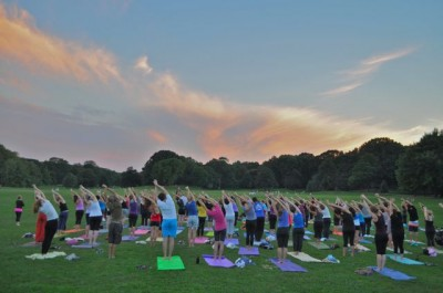 yoga class in prospect park